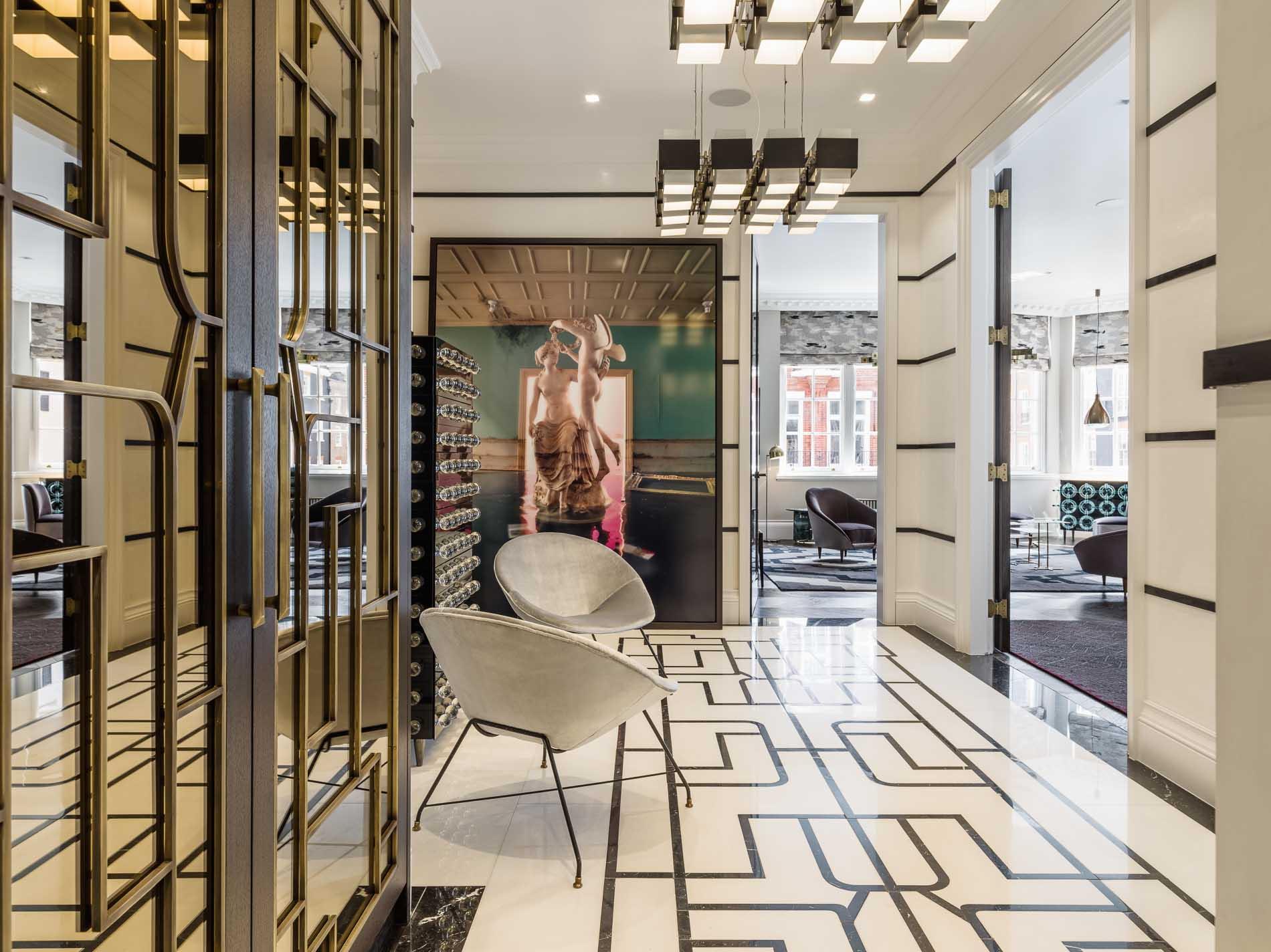 south audley street mayfair design hallway