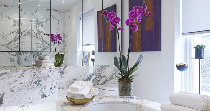 Holiday House Bathroom Mirror