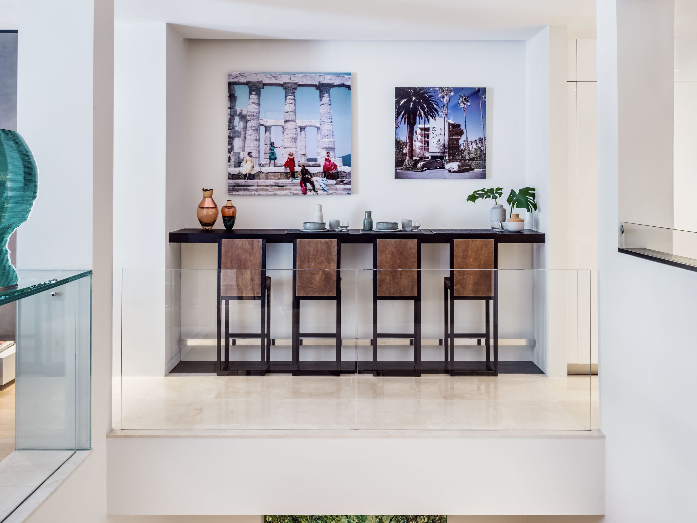 chelsea pied-a-terre bar stools